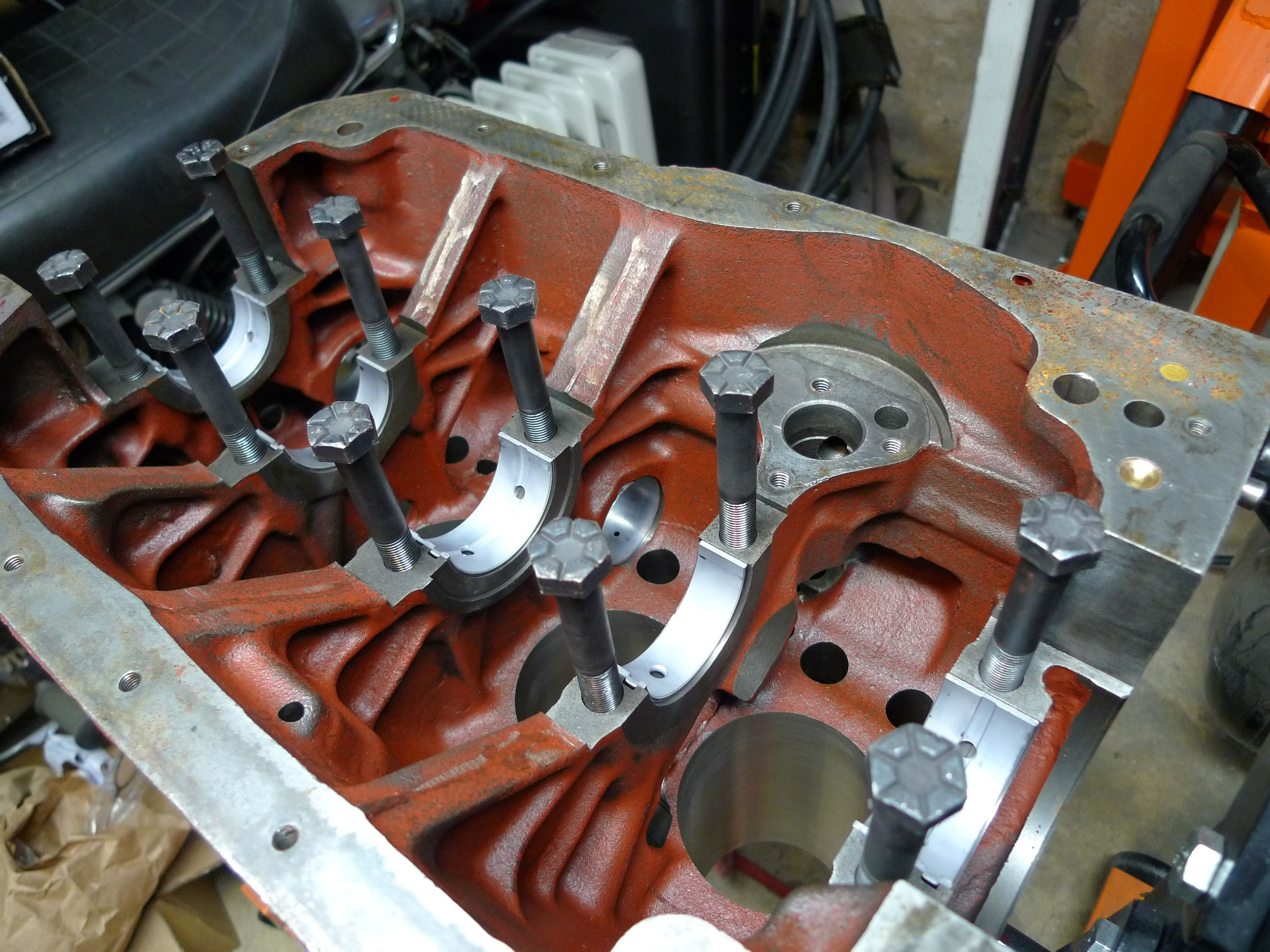 1977 Mgb Roadster Part 2 Ford 8n No Oil Pressure Theres Assembly Lube In Place At This Point Because I Was Preparing To Plastigauge The Mains Prior Installation And Task Should Be Done With